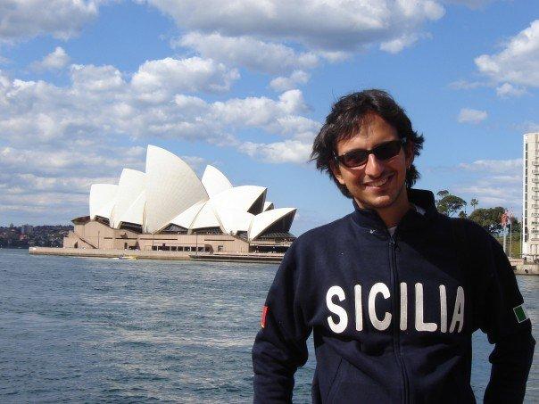 """""""In Australia aiuto i giovani italiani emigrati. Bamboccioni? No. Coraggiosi e intraprendenti, ricominciano da zero"""""""