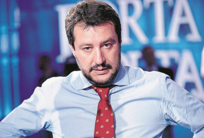 Lo sapevo: il colonnello Salvini acchiappa voti con i bordelli