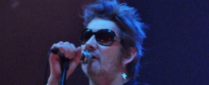 I 60 anni di Shane MacGowan dei Pogues, al patto col diavolo non tutte le rockstar abboccano