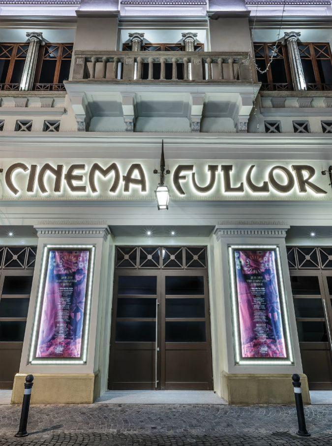 Federico Fellini, a Rimini rinasce il Fulgor: è il cinema dove il Maestro vide il suo primo film
