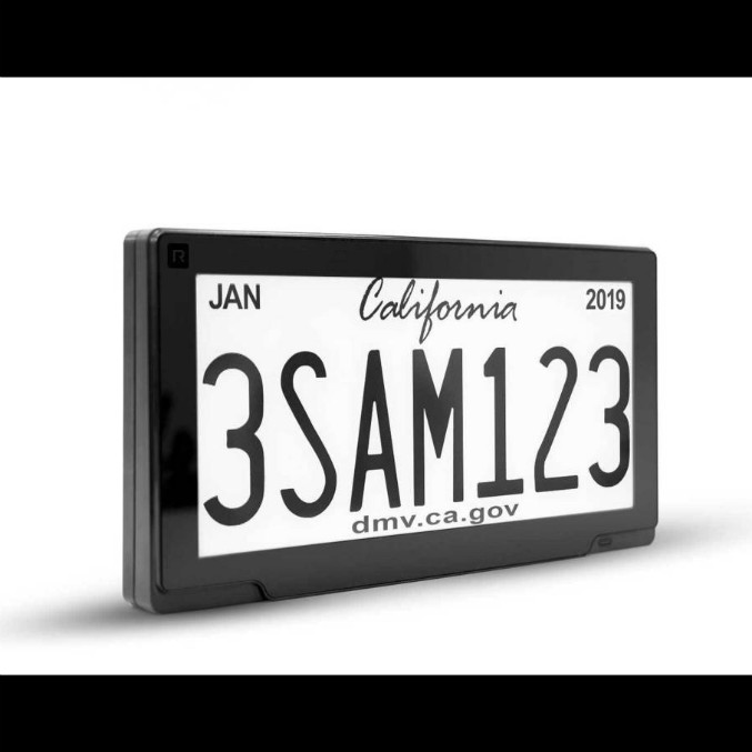 California, arrivano le targhe digitali su 100 mila veicoli