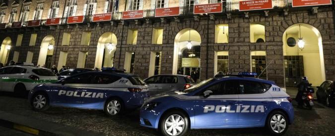 Torino, cade scenografia al Teatro Regio durante la Turandot: feriti due coristi