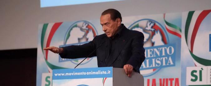 """Elezioni, Berlusconi: """"Grillo ha ragione solo sui giornalisti. M5s è una setta. Basta pellicce e animali nei circhi"""""""
