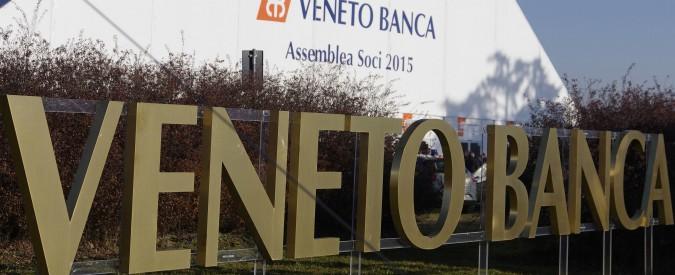 Veneto Banca, sgombrato il disabile che occupava l'entrata di Montebelluna: il crac gli è costato 125mila euro