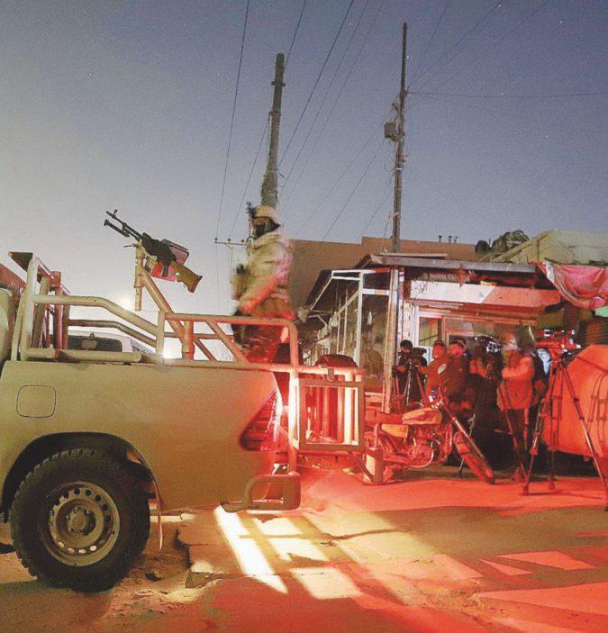Il Dipartimento Usa lancia l'allerta ma Kabul brucia
