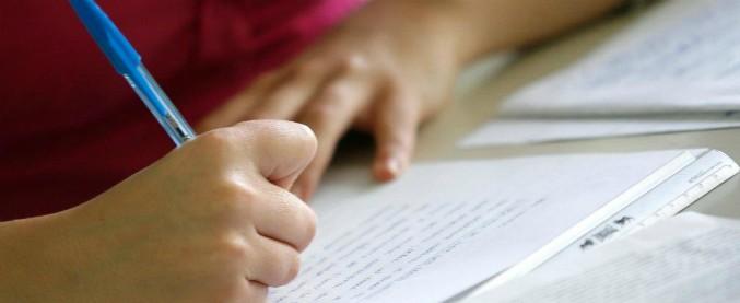 """Cassino, 14enne scrive nel tema: """"Sono stata stuprata da papà"""". Gip: """"Confidenze attendibili e agghiaccianti"""""""