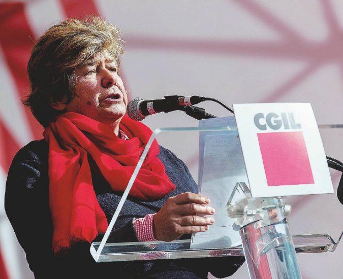 Cgil, fine dell'era Camusso senza sponde in politica