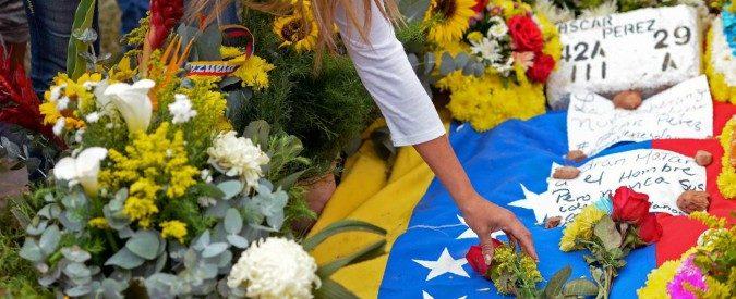 Venezuela: così, stupida e feroce, la dittatura di Maduro ha creato un martire