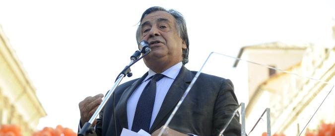 Palermo, Leoluca Orlando aderisce al Pd. Sei mesi fa litigò con Mentana perché lo aveva definito dem
