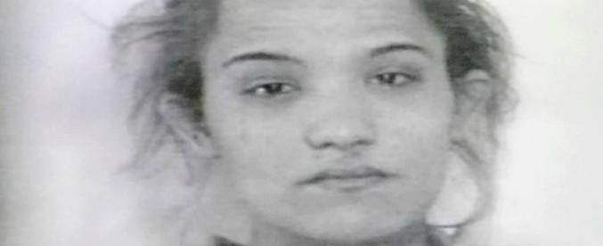 Modena, prostituta di 24 anni strangolata e trovata morta sui binari: fermato 50enne
