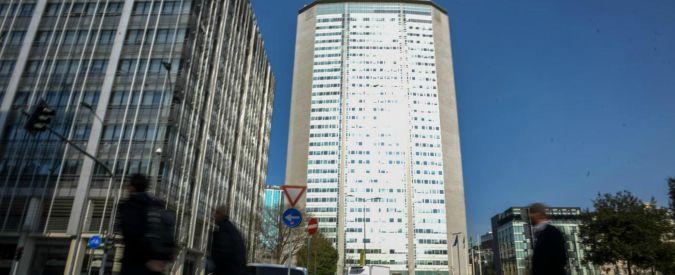"""Ema, Gentiloni: """"Verificare informazioni dossier Amsterdam"""". La replica: """"Edificio temporaneo era in nostra offerta"""""""
