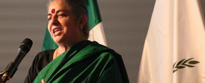 Scienza, potere e disuguaglianze: la ricetta di Vandana Shiva