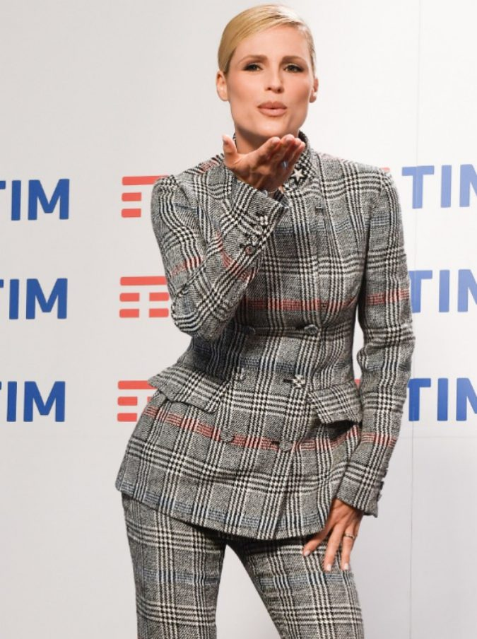 Sanremo 2018, Michelle Hunziker 'padrona di casa': sarà lei a 'scuotere' Baglioni e Favino?
