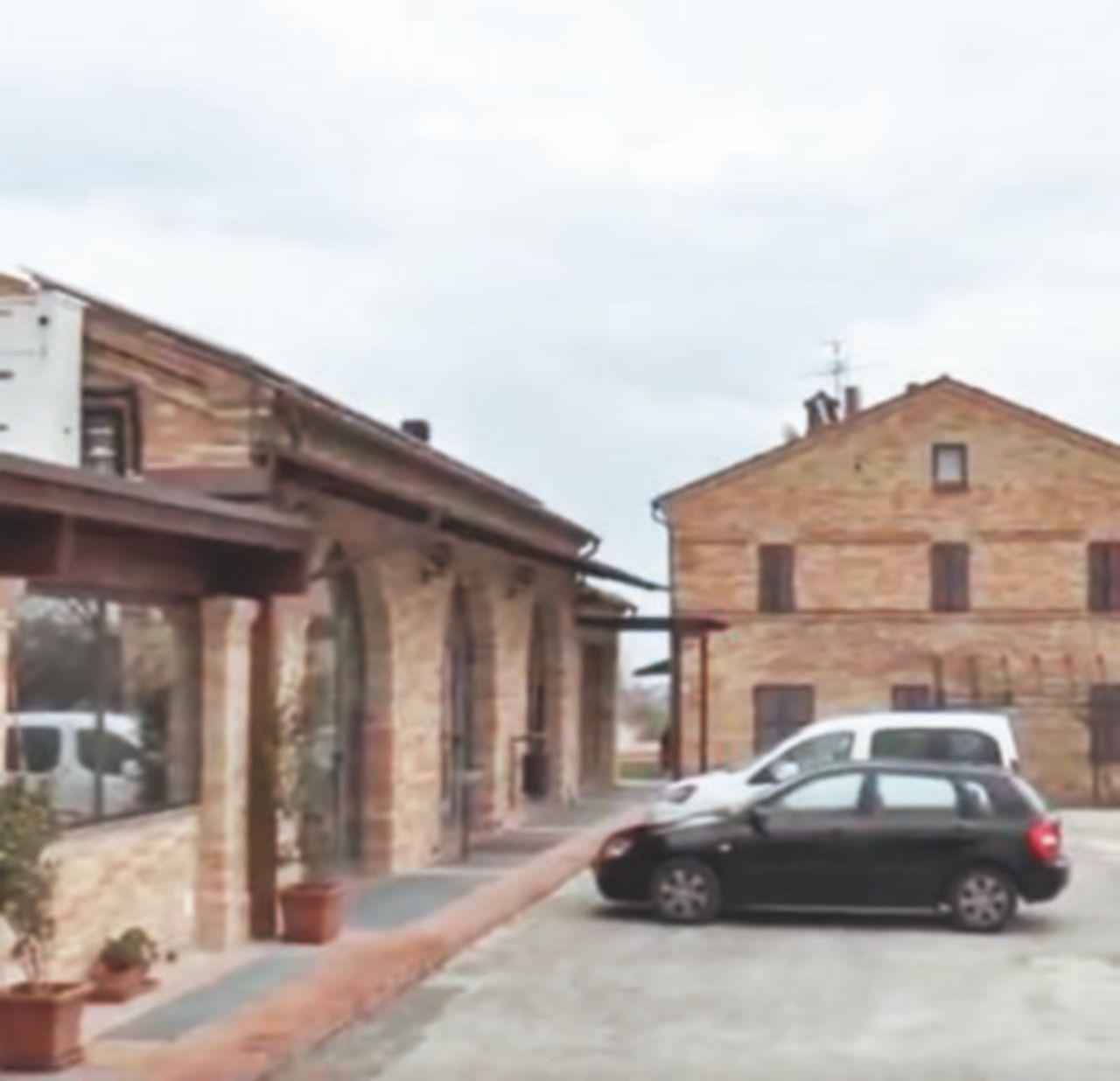 Alla comunità ispirata a don Giussani 100 euro al giorno per ogni ospite
