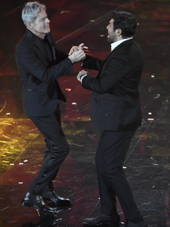 """Sanremo 2018, da Favino ai Negramaro, in tanti dicono """"gnigni"""" sul palco: ecco perché"""