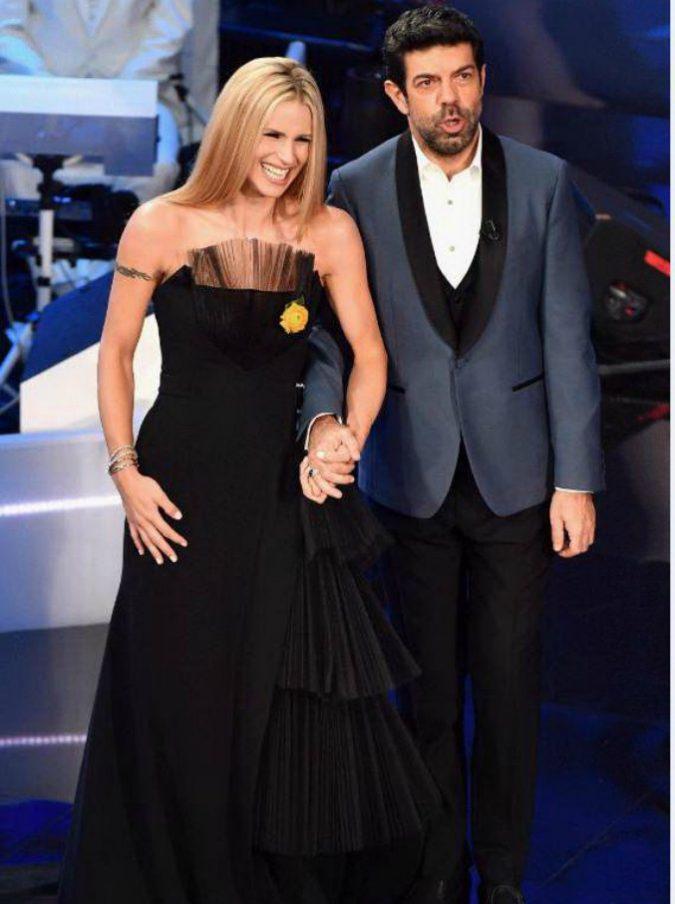 Sanremo 2018, gli ascolti tengono: 47,7% di share per la seconda serata del Festival. Baglioni vince ancora il confronto con Conti
