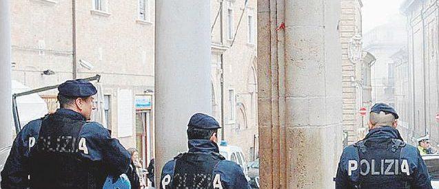 Oggi è il giorno di Macerata, con i poliziotti in ogni angolo
