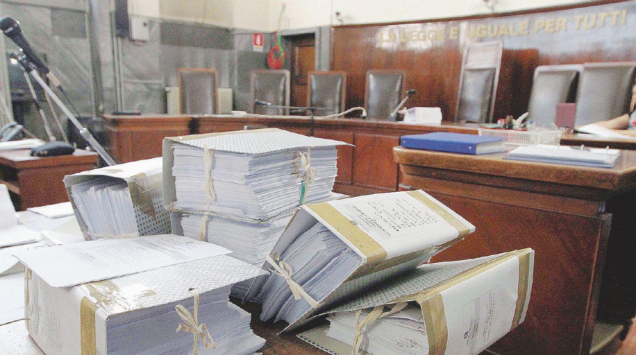 Nei tribunali si rischia la paralisi per la gara alla coop di Santagata