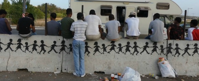 """Migranti, Corte dei Conti: """"Prima accoglienza costata 1,7 miliardi nel 2016. Dalla Ue contributo di soli 38,7 milioni"""""""