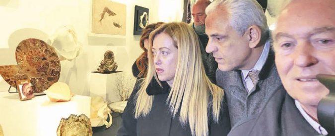 Napoli, monnezza e corruzione: De Luca jr. e Fratelli d'Italia nei guai