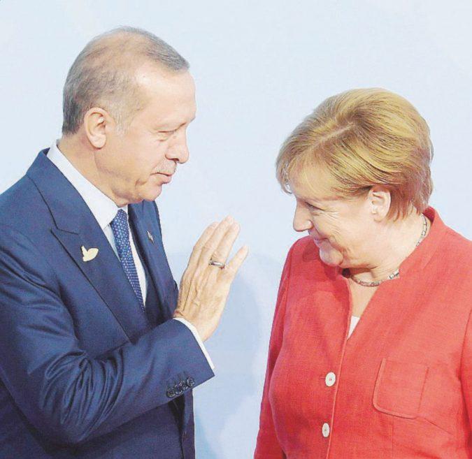 Per un tedesco liberato, Erdogan condanna 6 turchi