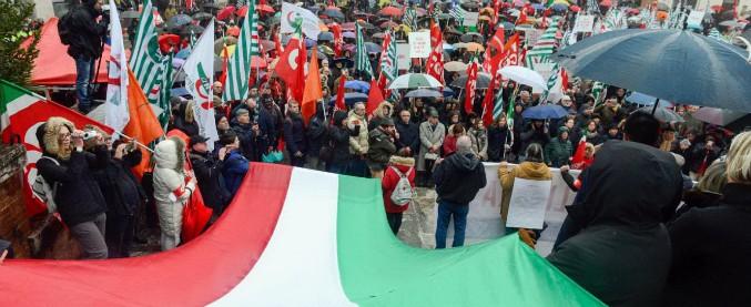 """Macerata """"libera e antifascista"""": la manifestazione voluta dal sindaco per """"riannodare i legami della comunità"""""""