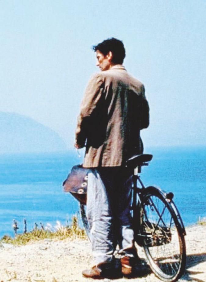 """""""Il postino"""", film-testamento del comico dei sentimenti"""