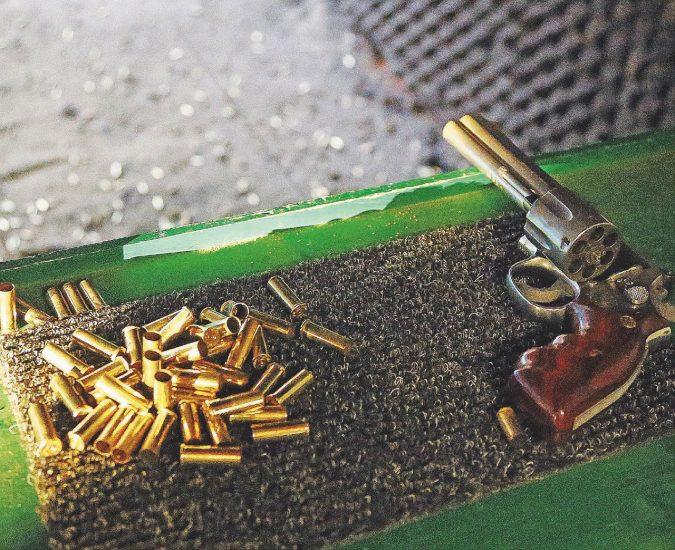 Italia a mano armata: molti arsenali nelle mani di pochi