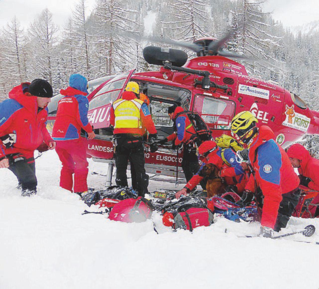 Incidenti sulle Alpi, muoiono tre sciatori