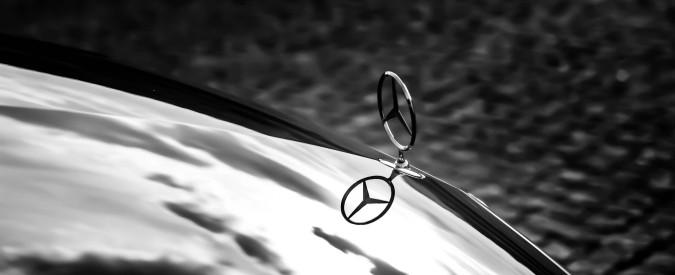 Emissioni, aperta indagine in Germania sui motori diesel Mercedes