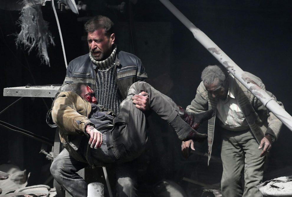 Image result for Nuovi attacchi lasciano almeno 21 morti a Ghouta orientale