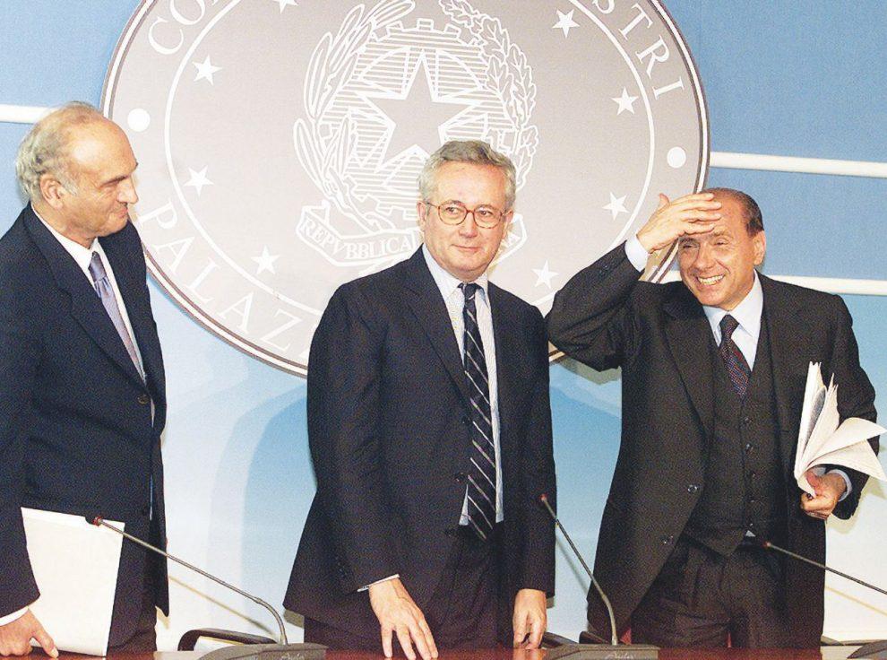 Il creativo –  Giulio Tremonti è stato ministro dell'Economia nei tre governi Berlusconi – Ansa