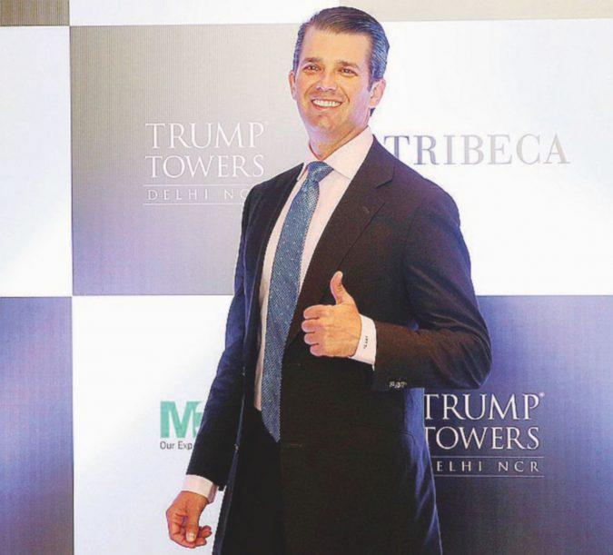 Mi manda papà: Junior in India fa il piazzista