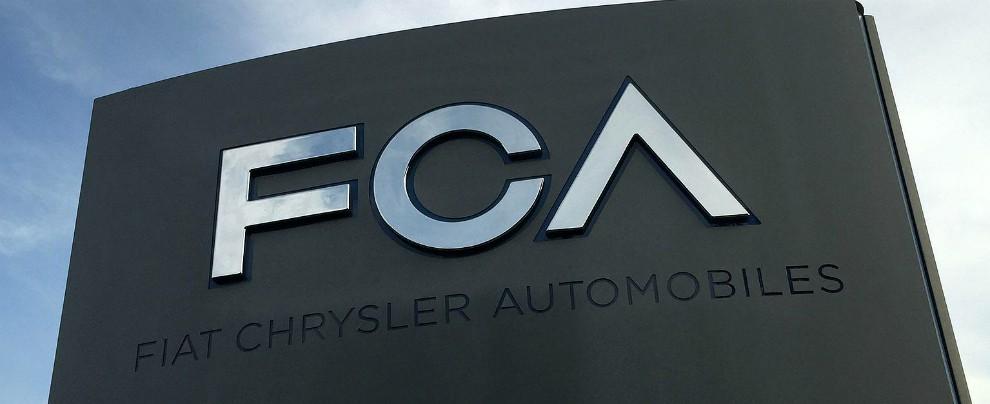 """Fca, accordo con Tesla per comprare crediti """"puliti"""" ed evitare sanzioni UE"""