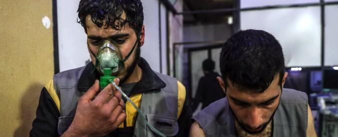 """Siria, ong: """"Attacco al cloro nella Ghouta"""" Raid nonostante la tregua: """"10 vittime"""" Le forze speciali turche entrano ad Afrin"""