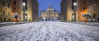 """Neve a Roma: scuole chiuse anche martedì. Presidi: """"Stop può durare anche 9 giorni"""". Mobilità in tilt: ritardi fino a 7 ore per i treni"""