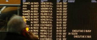 """Maltempo, Termini di nuovo in tilt. Fs: """"Il problema è Napoli"""". Il tecnico: """"Scambi riscaldati? Da anni interventi a mano"""""""