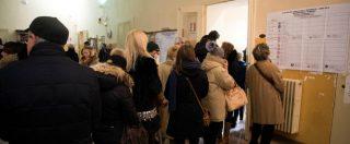 Elezioni, alle 23 affluenza al 73%: due punti in meno rispetto al 2013. File ai seggi per il bollino antifrode – CRONACA ORA PER ORA
