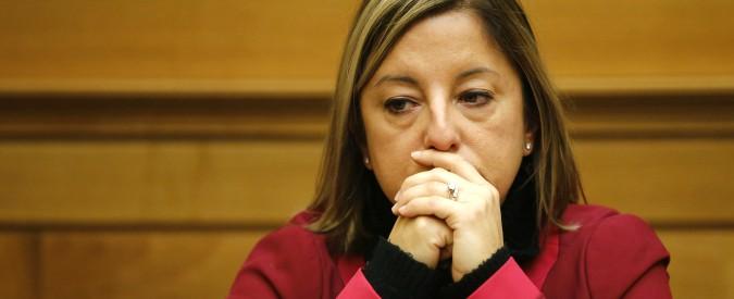 Regionali Lazio, guerra alla Raggi e slogan anti-migranti: così la Lombardi ha fatto perdere voti al M5s. Che su Roma regge