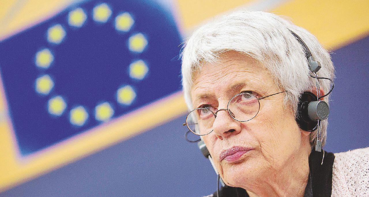 """In Edicola sul Fatto del 12 marzo – Barbara Spinelli e Durand invitano il Pd a trattare con il M5s """"contro il rischio neofascista"""""""
