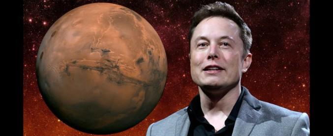"""Elon Musk: """"serve una base spaziale su Marte"""". E intanto coccola pedoni e ciclisti"""