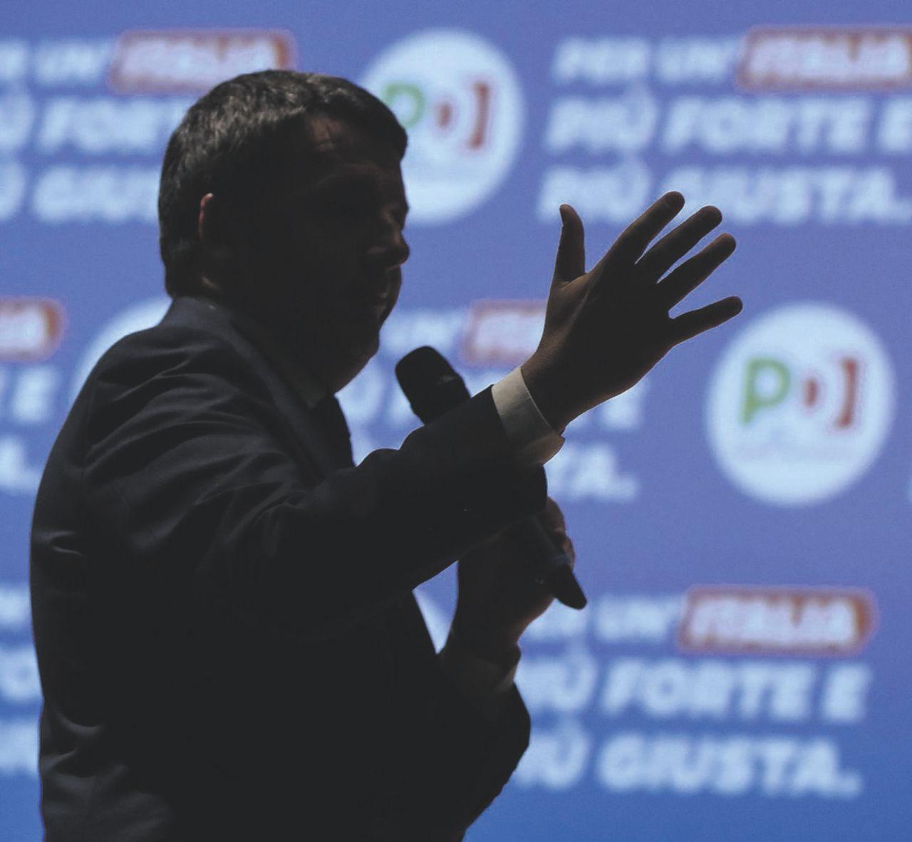 In Edicola sul Fatto Quotidiano del 13 marzo: La direzione Renzi non si fa vedere, ma detta ancora la linea anti-Di Maio