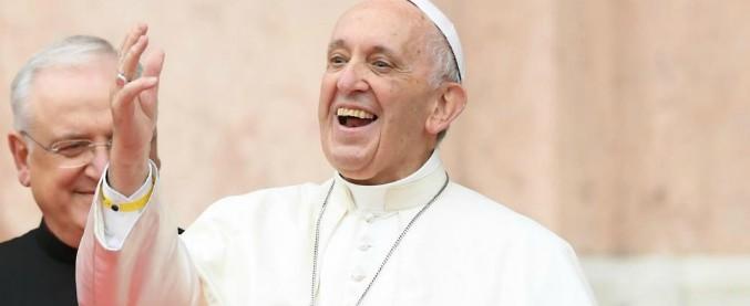 Papa Francesco, tutti i nemici nei 5 anni di Pontificato: dai prelati amanti del lusso ai politici corrotti