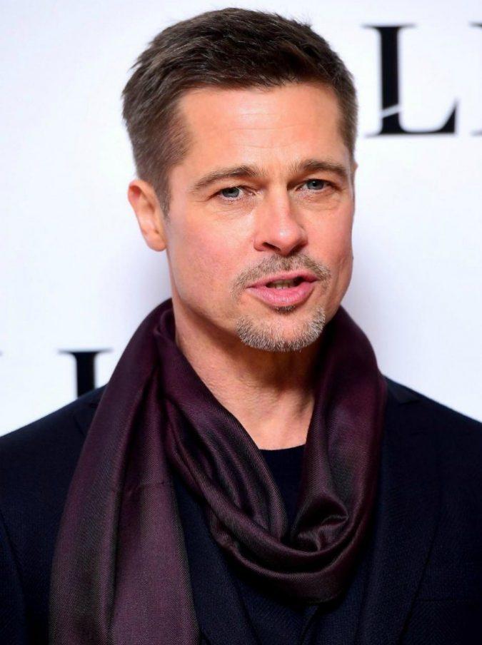 """Brad Pitt risponde ad Angelina Jolie: """"Ho pagato milioni di dollari per i miei figli. Vuole manipolare i media"""""""