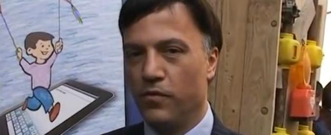 """Pino Galati, indagato l'ex deputato di Forza Italia: """"Distraeva fondi comunitari di una fondazione per vantaggi politici"""""""