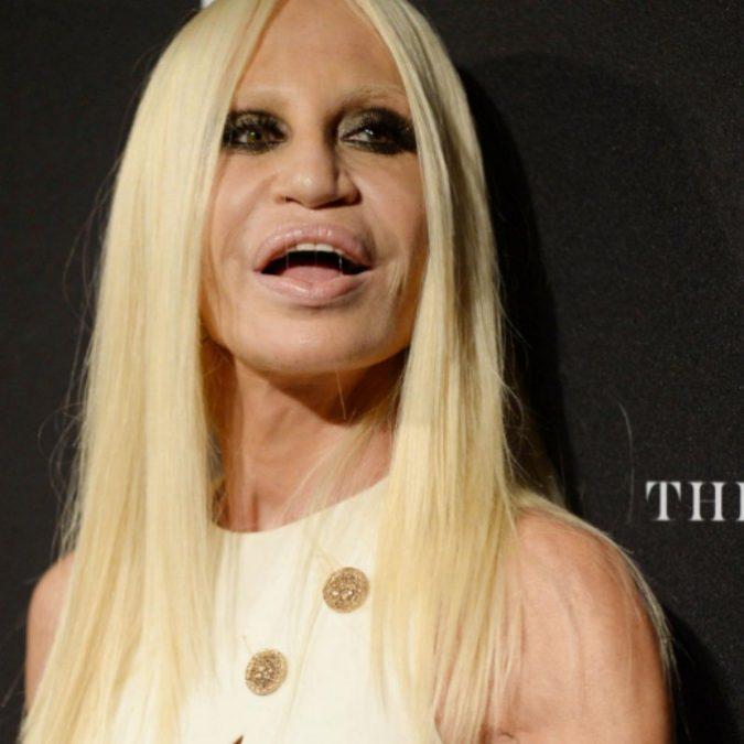 """Donatella Versace: """"Così ho vinto la mia dipendenza dalla cocaina"""""""