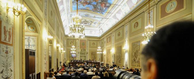 Regionali Sicilia, il deputato Sammartino (Pd) indagato per irregolarità nel voto degli anziani di un centro d'assistenza
