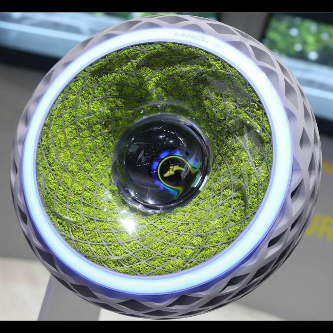 Goodyear Oxygene, la gomma che pulisce l'aria dallo smog – FOTO