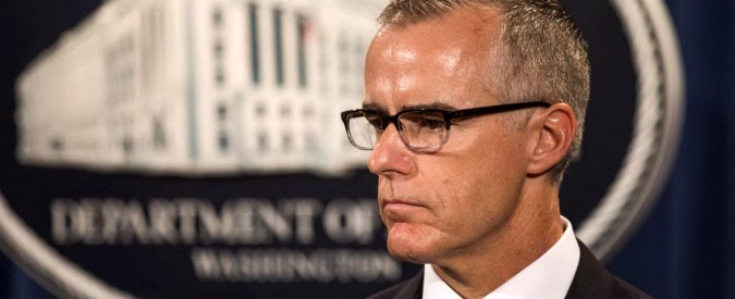 """McCabe, licenziato il n. 2 dell'Fbi: """"Trump vuole indebolire indagini sul Russiagate"""""""