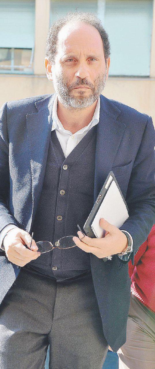 """""""Il premio, i pranzi e gli hotel"""" Sequestro sui conti di Ingroia"""